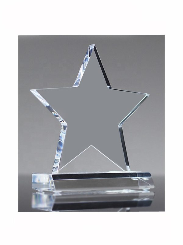 "alt=""ocenenie firemne sponzorska trofej logo"""